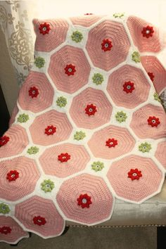beautiful flower patch quilt pattern.