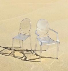 Louis and Victoria Ghost, Kartell