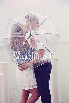 Getting a see through umbrella in case it rains Rainy Engagement Photos, Engagement Photo Props, Engagement Couple, Engagement Shoots, Engagement Pictures, Umbrella Photography, Couple Photography, Engagement Photography, Wedding Photography