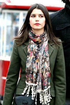 """Beren Saat in """"Fatmagül'ün Suçu Ne?"""" TV Series 2010-2012."""