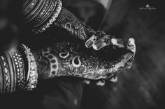 Browse photos, outfit & decor ideas & vendors booked from a real South Indian Wedding Modern & Stylish wedding in Bangalore. Best Sites, Wedding Frames, Candid, Real Weddings, Photographers, Designers, Make Up, Indian, Artists