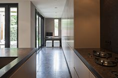 The Living Kitchen B.V. by Paul van de Kooi. Handgemaakte keuken