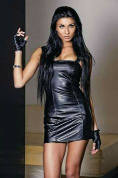 Dress Skirt, Bodycon Dress, Leather Dresses, Leather Outfits, Brunette Beauty, Gothic Girls, Black Is Beautiful, Leather Fashion, Fashion Dresses