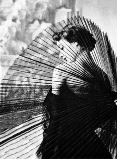 "adreciclarte: ""Horst P. Horst - Audrey Hepburn, 1949 """