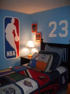 Boy Bedroom Ideas Braedens bedroom in 2019 Basketball basketball bedroom decor - Bedroom Decoration Boys Bedroom Decor, Bedroom Themes, Trendy Bedroom, Girls Bedroom, Bedroom Furniture, Bedroom Ideas, Boy Bedrooms, Boys Basketball Room, Basketball Couples