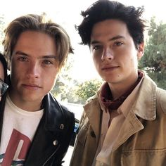 Sprouse Bros, Cole Sprouse Hot, Dylan Sprouse, Your Name Movie, Zack E Cody, Dylan And Cole, Naomi Scott, Lili Reinhart, My Beauty