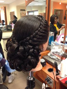 Prom/Wedding Updo - New Hair Styles Quince Hairstyles, French Braid Hairstyles, Popular Hairstyles, Bun Hairstyles, Wedding Hairstyles, Wedding Updo, Mexican Hairstyles, Prom Updo, Prom Hair