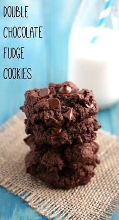 Thick and rich double chocolate fudge cookie recipe from theprettybee.com