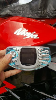 Old Phone, Cool Tech, Palms, Mobiles, Mobile Phones, Smartphone, Android, Technology, Personalized Items