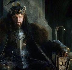 The Hobbit: the Battle of the Five Armies - Richard Armitage as Thorin #throne