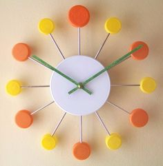 Juicy Clock Pop: Made of recycled caps