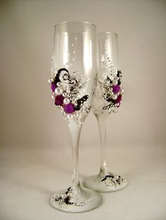 decorated champagne glasses for weddings Bride With Glasses, Wedding Glasses, Champagne Glasses, Elegant Wedding, Diy Wedding, Wedding Ideas, Vases, Fabric Roses, Candle Set