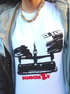 idee tshirt ironiche democracy sweetb milano www.sweetb.it #tee #sweetb #tshirt #urban #alternative