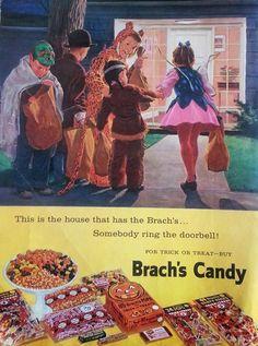 1959 Vintage ad for Brachs Candy Children in Cute Halloween Costumes 082612 Vintage Halloween Images, Retro Halloween, Cute Halloween Costumes, Halloween Candy, Halloween Kids, Happy Halloween, Halloween Stuff, Halloween Queen, Haunted Halloween