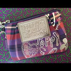 Plaid Coach poppy Wristlet Great condition, smoke free Coach Bags Clutches & Wristlets