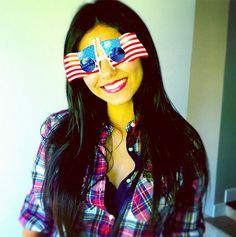 Need some fun outfit ideas for the Fourth of July? We're here to help! Whether you want to literally wear your stars and stripes like Ariana Grande...