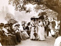 Ladies of Edwardian society take a stroll in Hyde Park