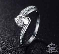 14K White Gold 1.10 Carat Round Cut Diamond Women's Solitaire Engagement Ring  #beijojewels #SolitairewithAccentsEngagementRing