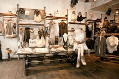 to Washington, DC: Popular Clothing Stores INTERIOR - Love the overall feminine rustic feel, w/ white brick walls. We plan…INTERIOR - Love the overall feminine rustic feel, w/ white brick walls. We plan… Boutique Design, Design Shop, Boutique Decor, Boutique Stores, Boutique Ideas, Clothing Boutique Interior, Clothing Store Design, Design Design, Design Ideas