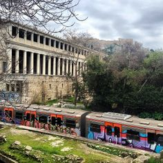 Take the overground line for a ride through the historical places in the cente of #Athens!