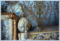 Furniture for Marie Antoinette, Chambre Du Conseil, Versailles French Interior, French Decor, Style Français, Interior And Exterior, Interior Design, French Furniture, Regency Furniture, Baroque Furniture, Vintage Roses