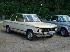 Proud owners of this BMW 2002 - 1975 Sahara beige