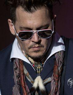 Suite aux accusations d'Amber Heard, le groupe de Johnny Depp est boycotté en Europe et son dernier film «Alice, de l'autre côté du miroir» est un flop aux Etats-Unis.