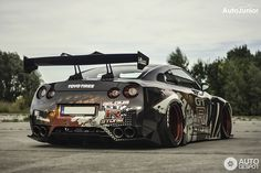 Nissan GT-R Liberty Walk Widebody 3