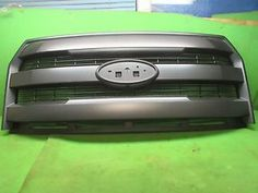 ford f 150 3 bar grille xlt 2015 2016 with camera option oem magnatic - Categoria: Avisos Clasificados Gratis  Item Condition: UsedThese is not cheap aftermarket parts; they are original from fordYou are bidding on an original front grille1516 with camera option camera not includedForFord F150 XLT lariat magnetic in coloremblem and camera not included This GRILLE is original from ford motor company a straight fit that bolts accurately and tightly on the a NEW F150 DO NOT MISS THIS DEAL!This…