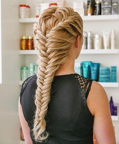 A beautiful fishtail braid ✨ #BraidedHairstyles