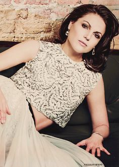Hello beautiful woman *-* #LanaParrilla