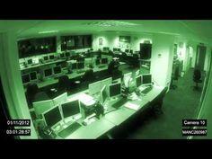 paranormal fantômes filmés par caméra de surveillance d' une chaîne de télé   FAKE? ou veritable esprit frappeur?