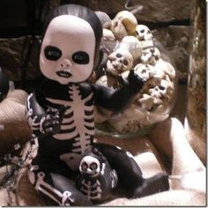 Skeleton Barbie & Baby Dolls  :: Great Party Decoration