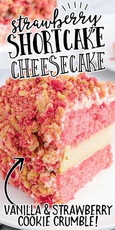 Strawberry Shortcake Cheesecake, Shortcake Recipe, Strawberry Cookies, Strawberry Crumble Recipe, Cheesecake Cake, Cheesecake Recipes, Cheesecake Bites, Crumble Topping, Desert Recipes