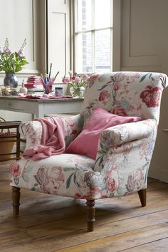 Floral Arm Chair for mother bear