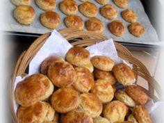 Reform túrós - sajtos pogácsa Pretzel Bites, Glutenfree, Delicious Desserts, Bakery, Muffin, Paleo, Food And Drink, Bread, Breakfast