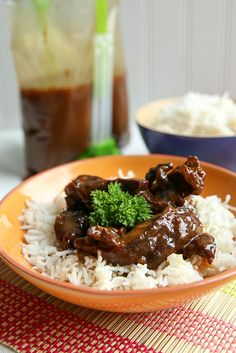 Whether you're short on time, patience or both, this freezer recipe for Paleo Mongolian Beef makes for an easy dinner in your Instant Pot pressure cooker. via paleo crockpot asian Crockpot Mongolian Beef, Mongolian Beef Recipes, Instant Pot Pressure Cooker, Pressure Cooker Recipes, Pressure Cooking, Slow Cooker, Paleo Freezer Meals, Freezer Cooking, Crockpot Meals
