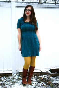 Okay, mustard yellow tights go with everything. Love this vintage dress coupled with mustard yellow tights and brown boots.