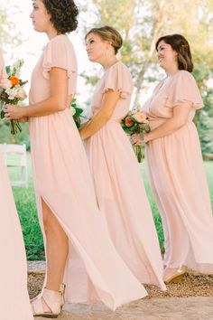 Photography: Mint Photography - mymintphotography.com  Read More: http://www.stylemepretty.com/2015/01/23/texas-outdoor-wedding-with-shades-of-blush/