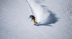 Nicola Thost fährt Snowboard.