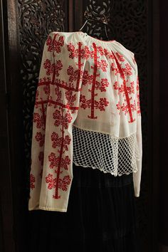 antique romanian red cross stitch embroidered blouse on neutral white fabric / unique handmade - art to wear from Silk Road Dream on Etsy Bohemian Blouses, Folk Costume, Embroidered Blouse, White Fabrics, Historical Clothing, Sewing Clothes, Love Fashion, Vintage Outfits, Cool Outfits