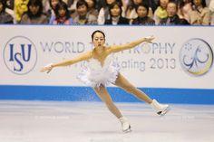 Mao Asada (JPN), APRIL 13, 2013 - Figure Skating : the ISU World team Trophy Figure Skating Championships practice before Women's free skating at Yoyogi 1st Gymnasium, Tokyo, Japan. (Photo by AFLO SPORT).