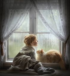 heartwarming Photos of Children and Their Pets by Elena Shumilova Animals For Kids, Baby Animals, Cute Animals, Cat Photography, Children Photography, Cute Kids, Cute Babies, Jolie Photo, Baby Kind