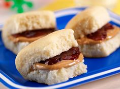 This deliciously simple recipe just got tiny. Sister Schubert's® Parker House Style Rolls give these small sammies some homemade taste…pure and simple.
