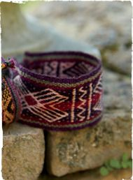 The global-chic, handwoven cuff echoes traditional Peruvian mantas. Wool (90%) and alpaca (10%).
