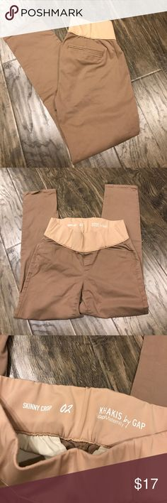Gap maternity khaki Gap maternity. Skinny crop khakis. Low panel. Size 2. Excellent condition. GAP Pants Ankle & Cropped