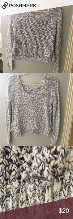 Abercrombie and Fitch sweater This low back sweater is perfect for any occasion. In amazing condition Abercrombie & Fitch Sweaters