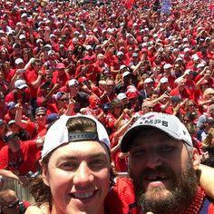 Luv these boys! Caps Hockey, Hockey Teams, Hockey Players, Ice Hockey, Funny Hockey, Sports Teams, Washington Capitals Hockey, Braden Holtby, Alex Ovechkin