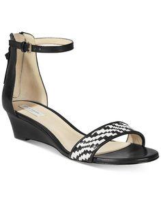d4c8129dba3e 11 Best Non-Frumpy Shoes for Pronation images