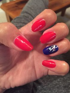 Red white & blue manicure